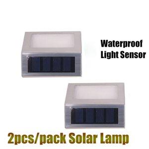 2 PCS / Lot LED Solaire Lumière Escalier Lampe 2 Led étanche Extérieur Jardin Paysage Pelouse Lampe Solaire Mur Lampe de sécurité lumières