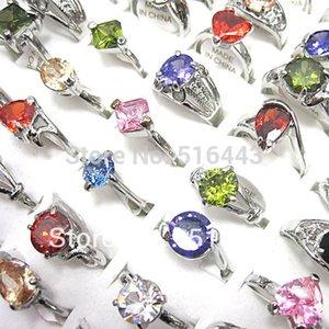 10pcs monili all'ingrosso di trasporto libero lotti mescolano gli anelli di modo delle donne di zircone cubico di colore A-105