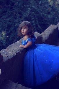 Recién llegado 2018 Royal Blue White Wedding Flower Girls Niñas Vestidos del desfile Tulle Neck Beaded Flower Girls Birthday Princess Dresses