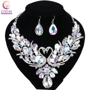 Hochzeit Vergoldet Chain bunte Kristall Halskette Mode Design Schwan-Schmucksachen Halsketten-Ohrring für Frauen