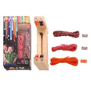 Handgemachte Paracord gesponnenes Armband Holzständer DIY-Sets für Kinder Neueste Kunst Paracord Überlebens-Armbänder für Mädchen Jungen