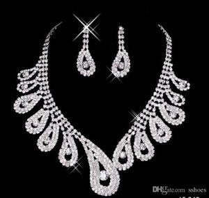 Luxury Bridal Jewelry Full Rhinestone Earring Necklace Set Silver Plated Crystal Wedding Jewelry Women Bridesmaid Party Earrings Necklaces