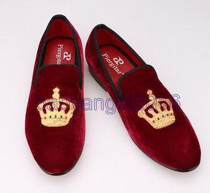 Вышитого Gold Crown Design мужской обуви бархат обувь мода для мужчин Курительных тапочек мужских венчаний и партий бездельников Свободной перевозки груза