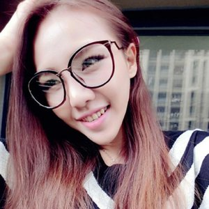 Wholesale- Vogue Round Nerd Glasses 2017 Women Glasses Frame Semi Metal Frame Clear Lens Spectacles Goggles