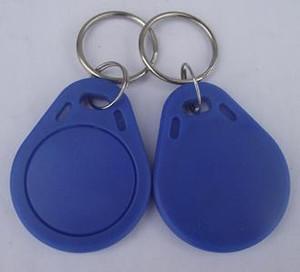 El mejor precio de fábrica más barato hace la alta calidad TK4100 125khz 100pcs / lot ISO11785 Etiquetas engomadas dominantes del negocio del ABS RFID Key Key Keychain Tag