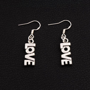 LOVE Letter Earrings 925 Silver Fish Ear Hook 50pairs / lot Argento antico Lampadario E921 7.8x38mm
