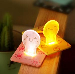 Vendita calda! Super Cute Card Night Light Faccina Mini LED Card Light Pocket portatile carta di credito Novità regalo di Natale per bambini