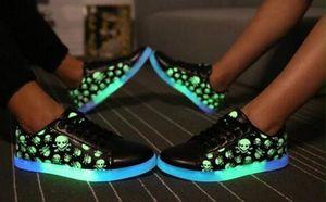 35-41 mujeres Led Luminous Light Up Shoes Impreso Skull head 2017 Moda USB intermitente en la oscuridad Iluminado para niños grandes wms sneaker