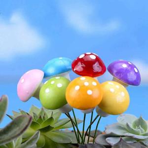 Simular mini hongos colorido de la seta de la espuma del material del arte de bricolaje Moss Terrario micro paisaje Ornamentos de la planta de la planta Fairy Garden Desktop