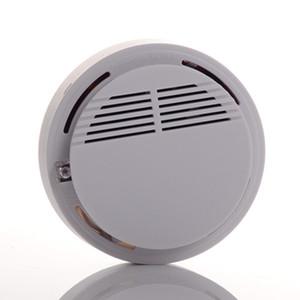 Détecteur De Fumée Système D'alarme Capteur Alarme Incendie Détecteur De Fumée Sans Fil Sécurité À Domicile Haute Sensibilité Stable LED 9V Fonctionne sur Pile Blanc