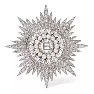 Áustria Cristal Floco De Neve Broches Para As Mulheres de Girassol Estrela Broche de Pino Acessórios de Vestuário Pérola pingente de Broche Buquê para as mulheres de casamento