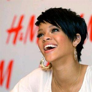 Mode Rihanna Stil Kurze schicke und regelmäßige Perücke 1B # Brasilianische Jungfrau Glueless Cap Machine Made Menschenhaar Perücken