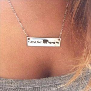 Sıcak satış Yeni Moda Sevimli hayvan kolye takı toptan ayılar. Dört ayı ile el yapımı bar kolye yazı anne ayı. Sıcak mothe