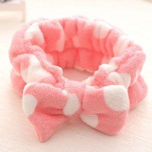 Venda por atacado- Conjuntos de banheiro de alta qualidade mulheres lavar rosto / esportes ao ar livre / Fumian Film Cosmetology tecido de flanela confortável headband toalha de cabelo