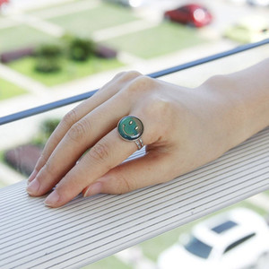 Кольцо настроение Оптовая 100 шт. много кольца Моды улыбка лицо настроение кольцо Бесплатная доставка творческий Смарт-кольцо