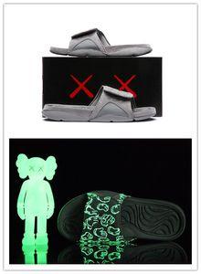 Al por mayor nueva 4s x Hydro 4 Gris frío zapatillas IV sandalias de los zapatos de baloncesto zapatillas de deporte del resplandor Diapositivas de tamaño 7-12 oscura