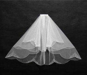 Europa y los Estados Unidos la novia velo de novia catedral manual clavo borde borde moda noble velo con peine y un velo blanco