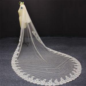 Champagne Wedding Veil Increíble dos capas Parcial con cordones 3 metros 2 T Bridal Veil with Comb