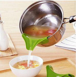 Cucina Helper Food Grade Silicone Perdita Prevenzione Perdite Pozzanghera Bordo arrotondato Deviatore Liquido Diversione Diverte DHL Spedizione gratuita