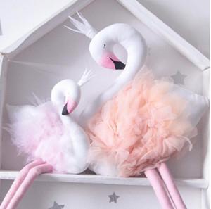 Handmade Rosa Flamingo Decorações Suprimentos Decorações Da Sala Bonito Stuffed Animal Toys Bebê Swan Travesseiro Almofada Crianças Bonecas Presentes De Brinquedos De Casamento
