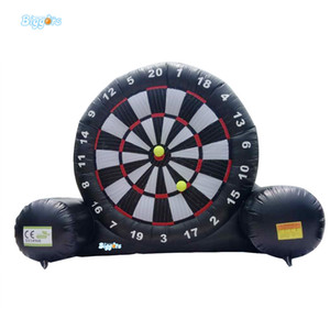 Hot Selling Black and White Commercial Use Popular Jeux Gonflables Giant Inflatable Soccer Darts Inflatable Football Darts Board