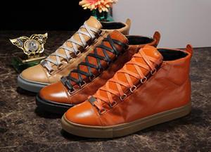 2017 vendita calda di alta qualità High Top scarpe da uomo di lusso rosso nero bianco in vera pelle uomo scarpe casual appartamenti scarpe 38-46 scarpe da ginnastica