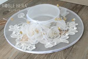 결혼식을위한 모자 헤드 피스 흰색 교회 모자 결혼식 흰 꽃 린넨 탑 모자 신부의 머리 장식 파티 액세서리