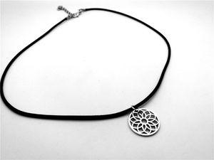 Simple creux Ligne Rose Sun Flower Petal Collier Fun Floral Métal Daisy tournesol Lotus Dreamcatcher Colliers corde en cuir