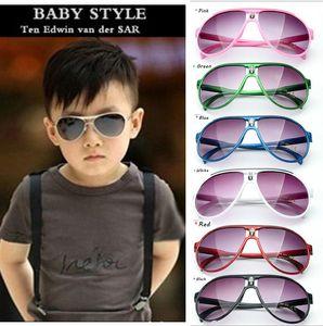 Sıcak 2017 Çocuk Güneş Gözlüğü Bebek Erkek Kız Moda Marka Tasarımcısı Güneş Çocuklar Güneş Gözlükleri Plaj Oyuncaklar UV400 Güneş Gözlüğü Güneş gözlükleri D009
