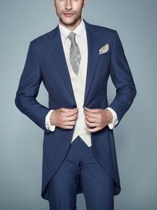 Style du matin un bouton bleu marine marié Tuxedos Peak revers garçons d'honneur hommes mariage smokings Dîner costumes de bal (veste + pantalon + gilet)