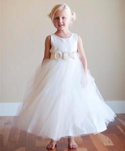 Конкурс платья для маленьких девочек халат де Причастие Enfant Fille 2019 белый тюль длина пола цветочница платья с цветами ручной работы