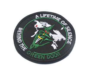 USAF uma vida de silêncio por trás da porta verde SPACE EDC Bordado Patch BUODGE HOOK LOOP