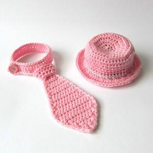 El yapımı Örgü Tığ Bebek Kız Kıyafet, Güzel Pembe Tophat Boyun Kravat, Bebek Kız için aksesuarlar, Bebek Yürüyor Fotoğraf Prop, Bebek Duş Hediye