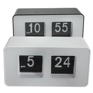 Nuovo disegno all'ingrosso di alta qualità moderno semplice Unico Retro concisa semplice cubo bella scrivania parete Auto Flip Clock Wholeslae Prezzo
