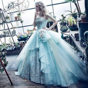 빈티지 15 년 싼 Quinceanera Dresses 2017 손으로 꽃 아플리케를 만들었다 Strapless Corest Back Long Prom Dress Debutante