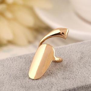 Einfache Glossy Nail Ring-Schmucksachen für Damen Latst Ring Persönlichkeit Europa und die Vereinigten Staaten Metallic Nail Jewery Weihnachtsgeschenk