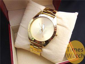Orologio in oro di alta qualità di modo nuovo arrivo Clover Quartz Sport Relojes Ladies Mens Dress oro Cartoon orologi da polso