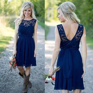 Estilo country 2017 Mais Novo Azul Royal Chiffon E Lace Curto Ocidental Da Dama de Honra Vestidos Para Casamentos Barato Backless Na Altura Do Joelho Ocasional