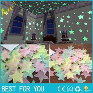 100 adet / takım 3D Yıldız Glow Karanlık Işık Tavan Duvar Çıkartmaları Çocuklar için Bebek Odası DIY Parti Noel Dekorasyon