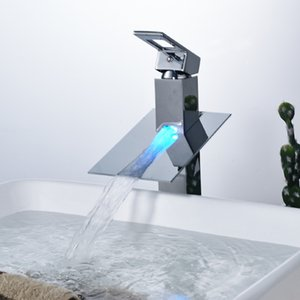 Оптовая и розничная ванная комната раковина кран со светодиодной подсветкой хром латунь водопад носик палубе раковина смеситель кран