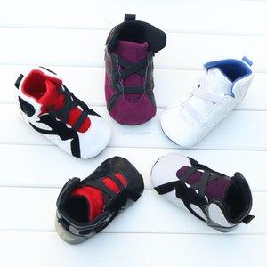 2020 bambino di lettera di bambini Primi pattini dei camminatori neonati morbido fondo antiscivolo invernali pattini del bambino caldo 7 colori C1554