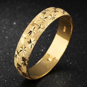 Bracciale rigido da donna in oro giallo 18 carati Bracciale rigido da donna a forma di stella intagliata Diamante 6cm, largo 15mm