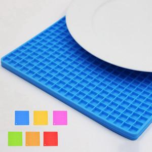 Silikon Pot Tutucu Trivet Mat kaşık Istirahat Kaymaz Esnek Dayanıklı Isıya Dayanıklı Kare Petek Pedleri 17.5 * 17.5 * 0.8 cm DHL Kargo Ücretsiz
