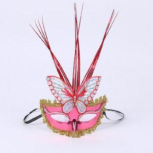 Pluie papillon masque masque flash lumière émettant lumineux en peluche masque mascarade plume masques en gros