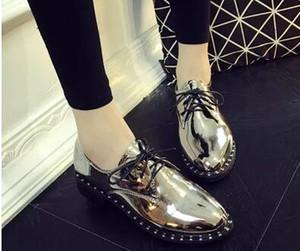 2017 новый весна и осень новый стиль женщины круглый носок обувь искусственная кожа Lcae up обувь платформа заклепки доказательство воды обувь