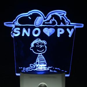 Großhandels-ws0086 Erdnuss-Hundekarikatur-Dekor-Tag / Nacht-Sensor führte Nachtlicht-Zeichen