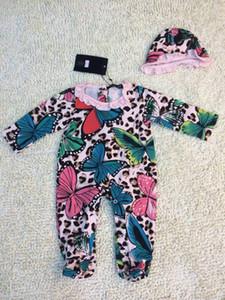 Nouveau bébé pieds Paquet Romper Set bébé Combi-pantalons imprimés papillon + costumes chapeau gros