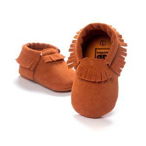 13 Cor mocassins Bebê sola macia 100% couro genuíno primeiro caminhante sapatos de couro do bebê sapatos recém-nascidos Borlas mocassim
