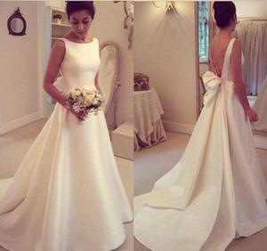 New Elegant Jewel Decote A Linha de Vestidos de Casamento Sem Mangas Sexy Backless Sweep Trem de Casamento Vestidos de Noiva Com Arco Vestidos De Noiva