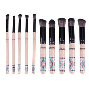 10pcs / set professionnel Kabuki pinceau de maquillage poignée en bois poudre de fard à paupières Fondation cosmétique brosse outil Bohême maquillage pinceaux brosse